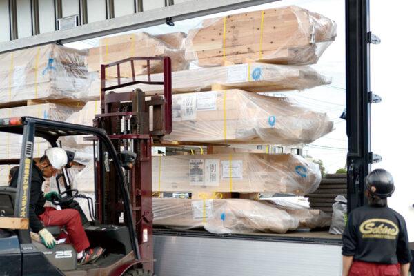 建材・資材輸送サービス